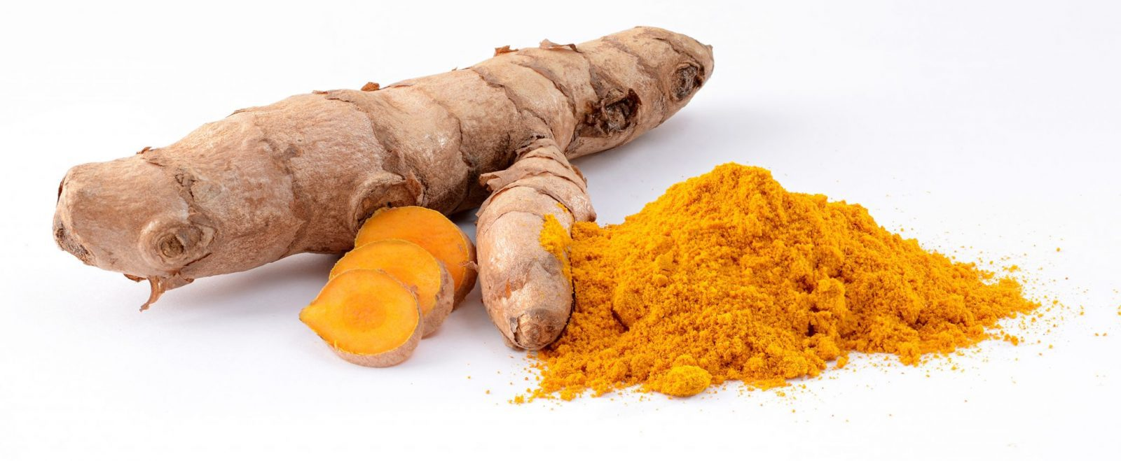 Health Benefits of Turmeric. Turmeric root. Turmeric powder.